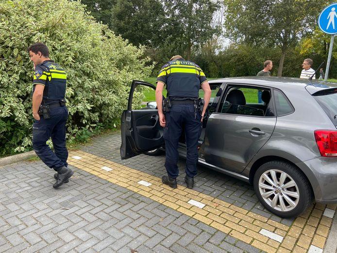 Auto rijdt door na incident in Bodegraven