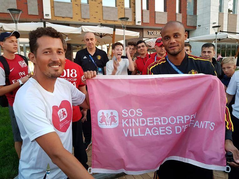 In Kaliningrad kreeg Maarten bezoek van... Vincent Kompany.
