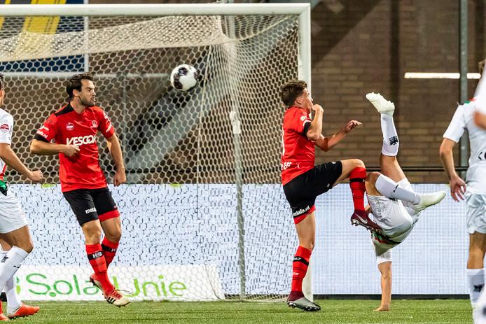 De omhaal van Achahbar die NEC de 0-1 bezorgde.