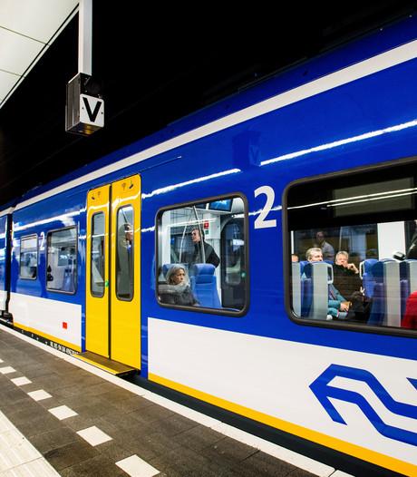 Spiksplinternieuwe trein kampt met storingen