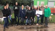 2.210 euro en vijf kruiwagens voor dierenasiel Veeweyde