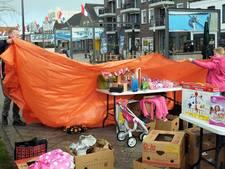 Rommelmarkt met plensbuien in Breskens