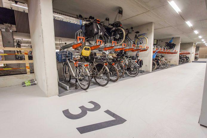 De ondergrondse fietsenstalling aan de Jaarbeurskant van het Centraal Station Utrecht.
