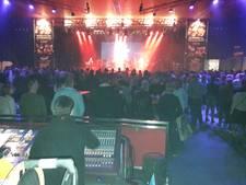 Duizend Vrienden bij Gruusbêk live, voorproefje Schlagerfestival
