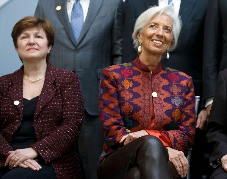 IMF-directeur Christine Lagarde (rechts) en Wereldbank-ceo en voorgedragen IMF-directeur Kristalina Georgieva (links).  Beeld EPA