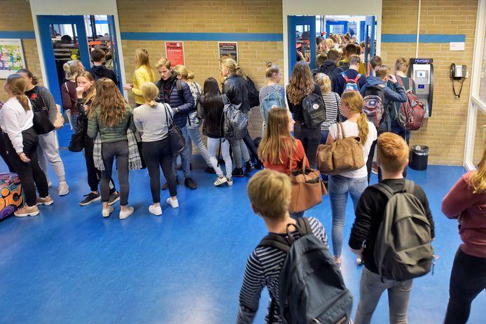 Het Ludger College in Doetinchem is de dreigende krimp tegengegaan door te fuseren.