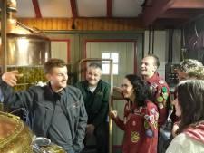 Biertje voor jubilerende scouting in Sint-Michielsgestel