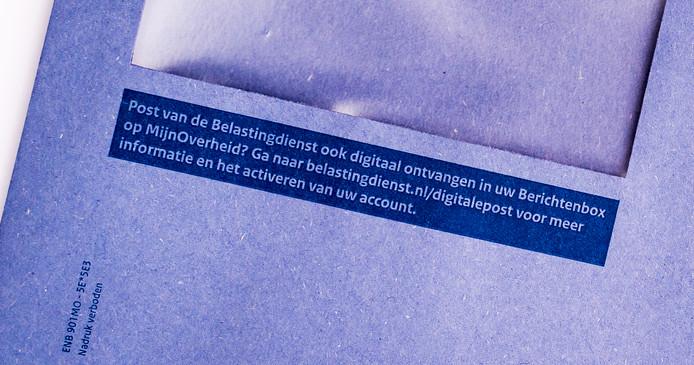 De Belastingdienst waarschuwt dat criminelen zich via e-mail en sms voor de fiscus uitgeven.