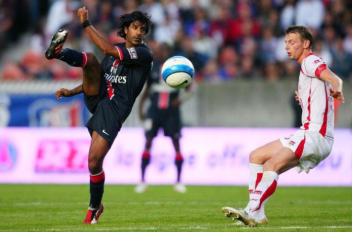 Vikash Dhorasoo, sous les couleurs du PSG, en 2006