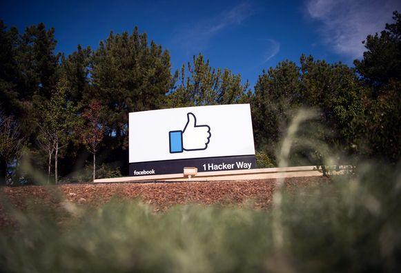 Vertegenwoordigers van de bedrijven en de overheid ontmoetten elkaar in het hoofdkwartier van Facebook.