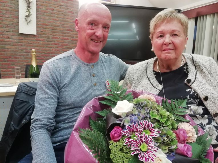 Dirk en Magda houden er een mooie vriendschap aan over.
