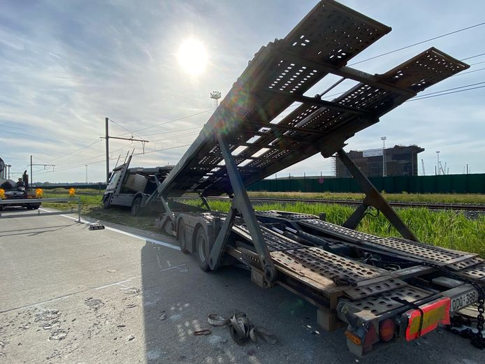 Het ongeval gebeurde in de Margareta van Oostenrijkstraat.