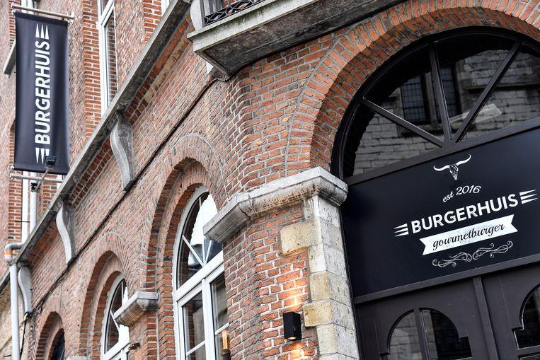 Het vroegere Den Ooievaar werd helemaal verbouwd tot burgerrestaurant.
