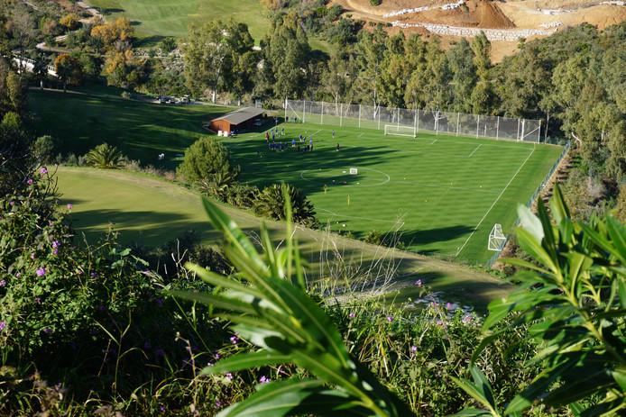 Een bovenaanzicht van La Cala de Mijas, waar PEC Zwolle in 2020 wederom op trainingskamp gaat.