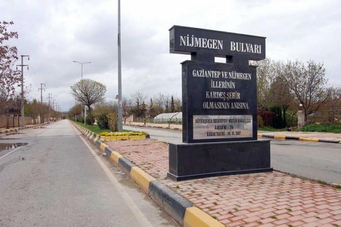 De borden die in Gaziantep zijn weggehaald.