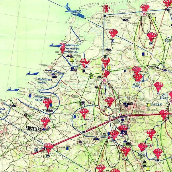 Een kaart uit Polen die te zien is het Nationaal Militair Museum in Soest laat zien waar Polen van plan was kernbommen neer te gooien. De kaart werd vermoedelijk gebruikt bij een papieren oefening.