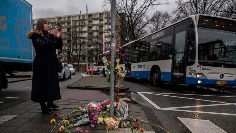 Het ongeluk gebeurde op de rotonde op de Burgemeester De Vlugtlaan, vlakbij de Haarlemmerweg Beeld Rink Hof