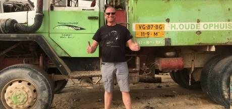 Truck van 'Ophoes Mans' uit Denekamp gespot op bouwplaats in Mauritanië