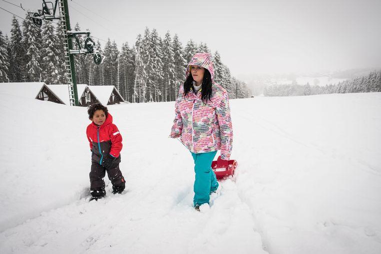Familie Spijkers kwam helemaal uit Nederlands Limburg voor de sneeuwpret.