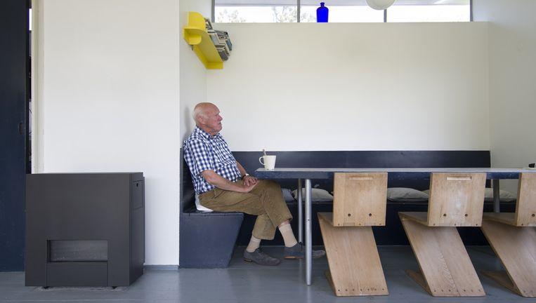 Oudste zoon Frank (82) komt al bijna tachtig jaar in het vakantiehuis in Petten. Beeld Arjan Bronkhorst