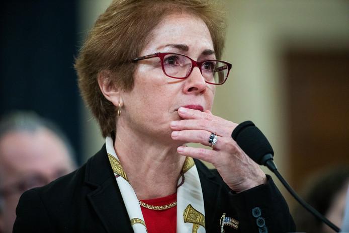 Marie Yovanovitch tijdens haar openbare getuigenis.