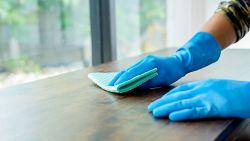 Van stof op de kasten word je niet ziek, maar op deze plekken kan je beter wel poetsen