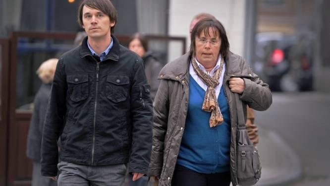 Moeder en broer komen Clottemans steunen bij pleidooi verdediging
