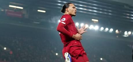 Liverpool dankzij sprongkunst Van Dijk uit zicht van naaste belagers
