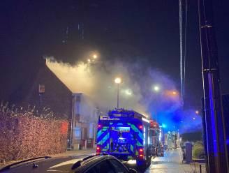 Uitslaande woningbrand in Wetteren: bewoner kan tijdig ontsnappen
