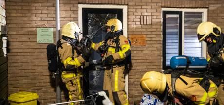 Brand huis Wezep aangestoken terwijl bewoners  hond uitlaten