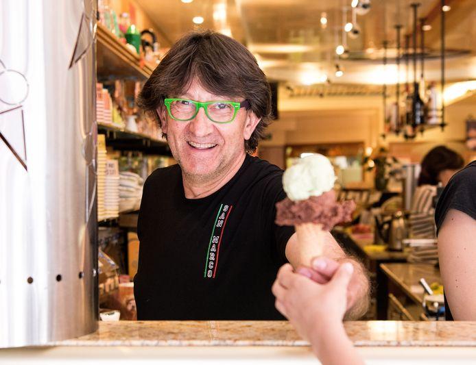 De Amersfoortse meester-ijsmaker Gian Maria Da Fies.