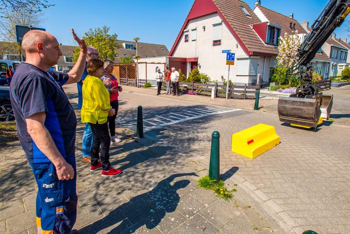 18-04-2019 - Steenbergen - Foto: Pix4Profs/Peter Braakmann - Wegafsluiting Rietveen Steenbergen.