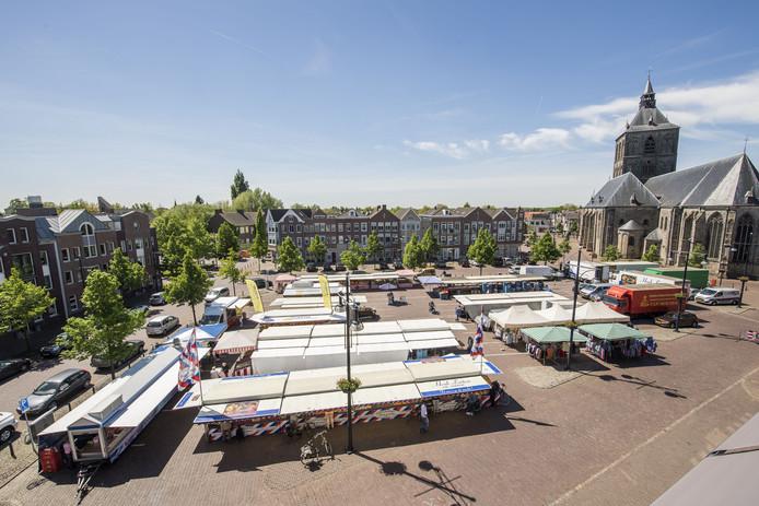 De maandagmarkt wordt sinds 2009 op de Ganzenmarkt gehouden.<br />