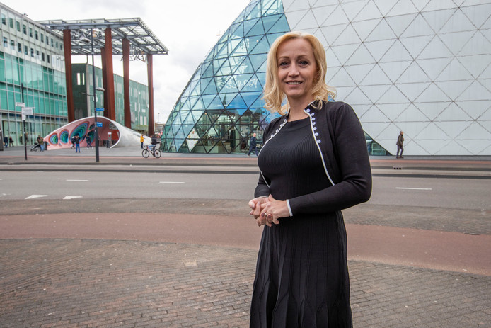 Dakloze Lissa uit Helmond krabbelde op en wil nu anderen helpen