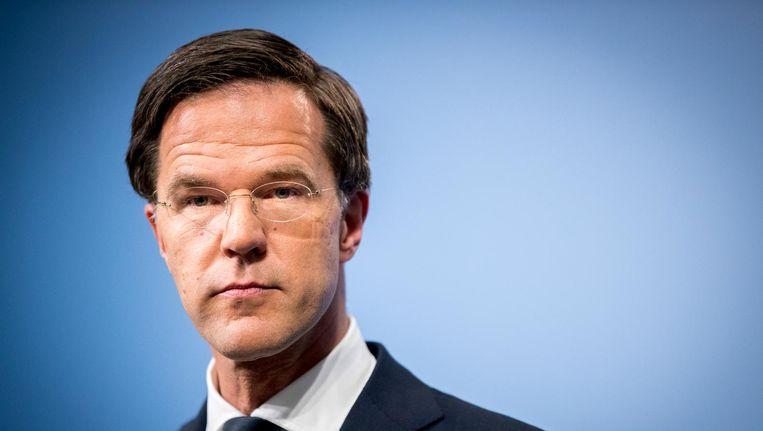 Premier Mark Rutte laat in een gezamenlijke verklaring met minister Bert Koenders van Buitenlandse Zaken weten het inreisverbod voor inwoners van zeven moslimlanden in de VS te betreuren. Beeld anp