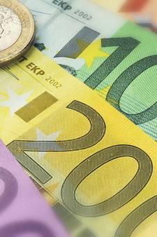 Ambtenaren gemeenten Dinkelland en Tubbergen betalen bonussen terug
