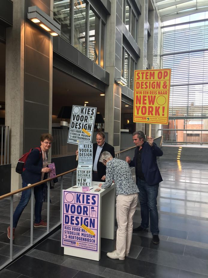 Stemlokaal in het Stadskantoor