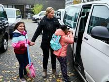 Van zes naar twee: minder vervoerders moeten leerlingenvervoer beter maken