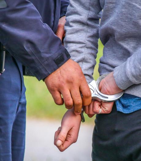 Verdachte (18) opgepakt voor zware mishandeling in Hatert waarbij slachtoffer kaak brak