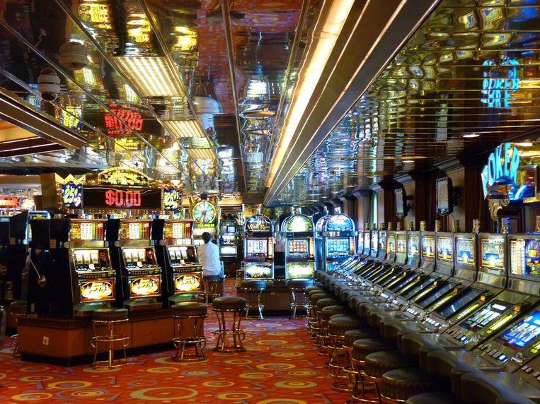 Gokkers kunnen terecht in het casino.