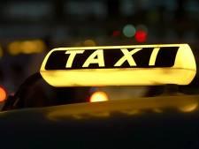 Nieuw Goes wil actie tegen parkeren op taxistandplaatsen bij station