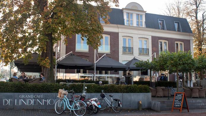 de lindenhof in soest in café top 100 | amersfoort | ad.nl