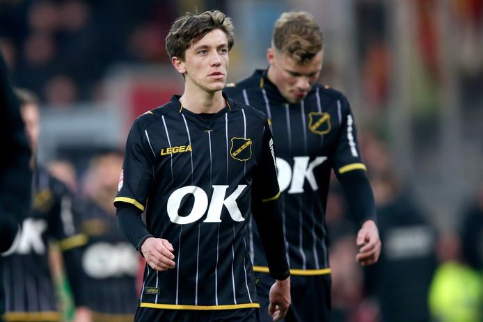 Jordan van der Gaag treurt na de nederlaag in Deventer.