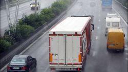Trucks binnenkort wel beboet als ze inhalen bij regenweer dankzij camera's met regensensoren