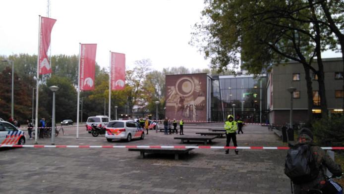 Het plein is afgezet