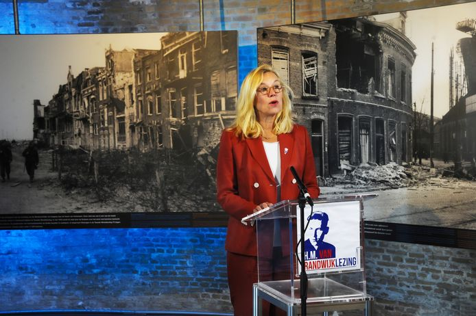 Minister Sigrid Kaag in de Oranjemolen.