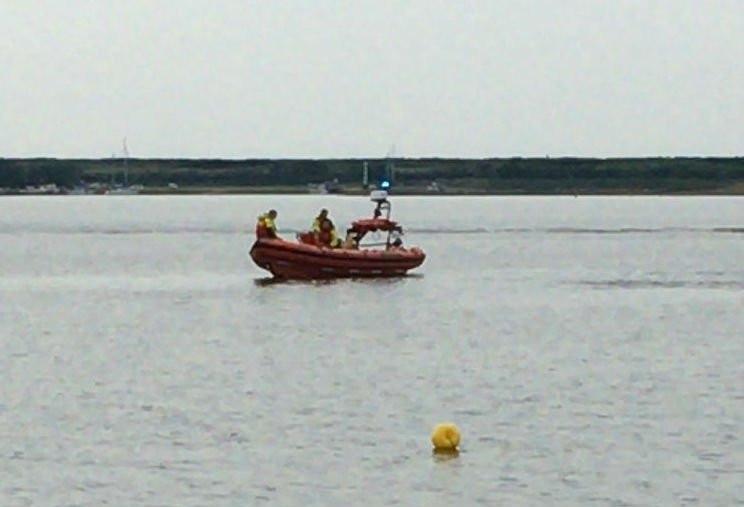 Zoektocht naar de vermiste duiker bij Scharendijke.