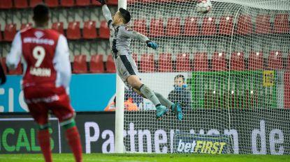 Bekijk hier de vier zaterdagavondmatchen, met heerlijke goals van Govea en Refaelov