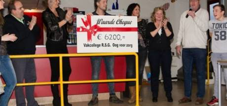 Jeugd van RSG Tromp Meesters in Steenwijk in actie voor 'Oog voor zorg'