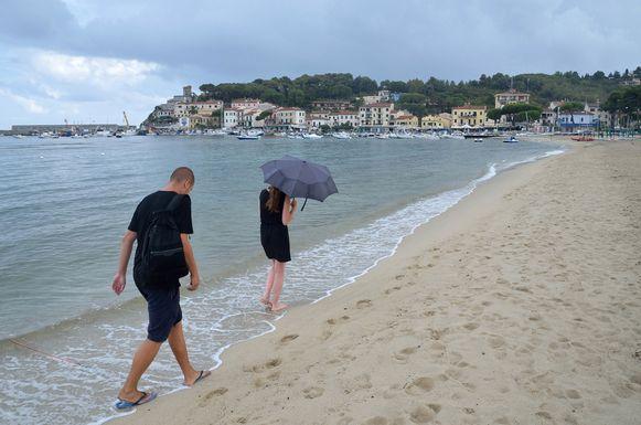Op Elba regent het zelden uren aan een stuk door.
